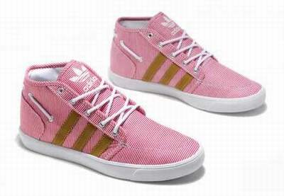 separation shoes dc785 7bb04 Boite Adidas A Chaussure magasin Mercredi Chaussures Adidas
